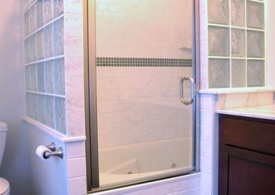 shower-enclosure-custom-glass